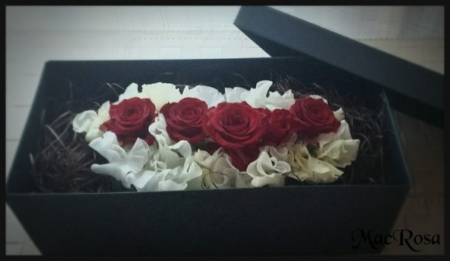 IKEAの箱でBOXアレンジメント・バラ