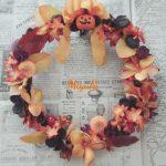 フェイクスイーツと花を使ったハロウィンのリースレッスンまだ募集中です!
